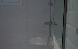 Baño con materiales ecoeficientes